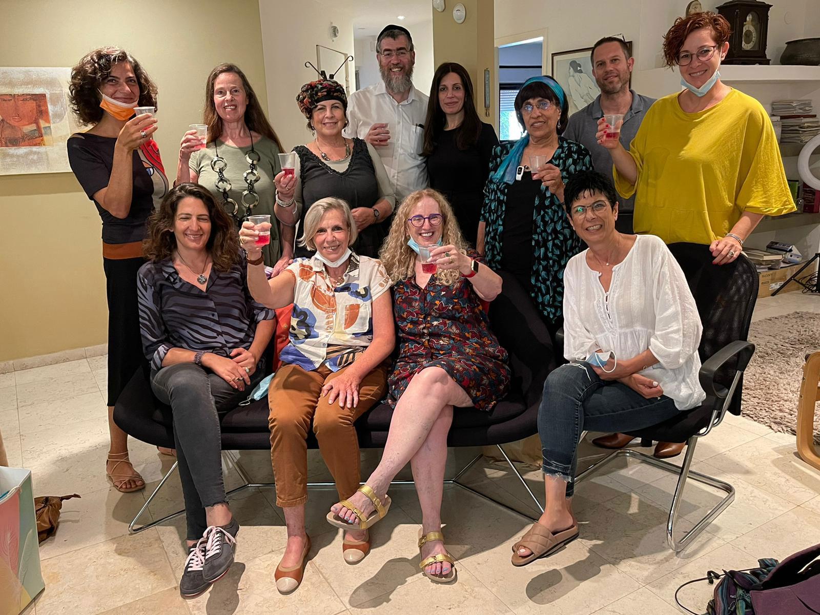 סיום קורס צמיחה אישיותית מתקדם למטפלי ומטפלות אימגו ישראל